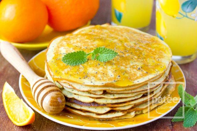 Апельсиновые панкейки с маком