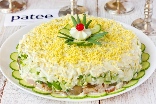 Салат из копченого окорочка пошагово с фото