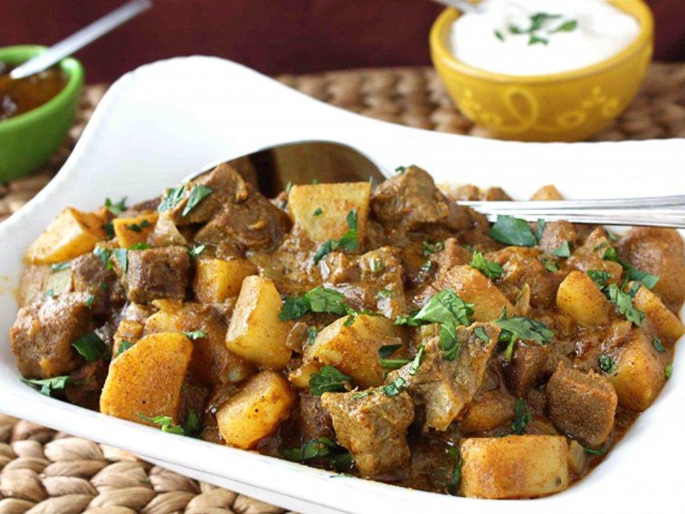 Говяжье карри с картофелем
