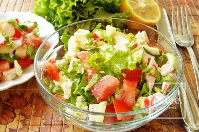 Салат с моцареллой, крабовыми палочками и овощами - Шаг 14