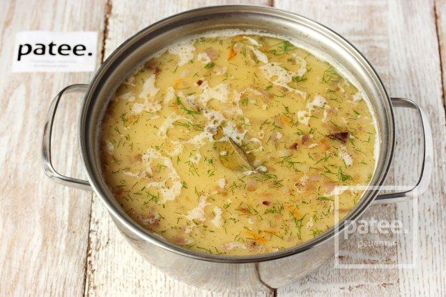 Суп с лисичками и плавленым сыром