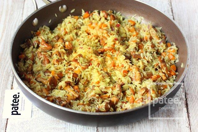 Рис с лисичками