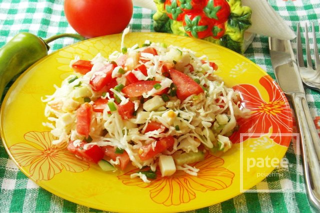Салат с адыгейским сыром и овощами
