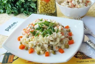 Рецепт Салат с цветной капустой и куриной грудкой