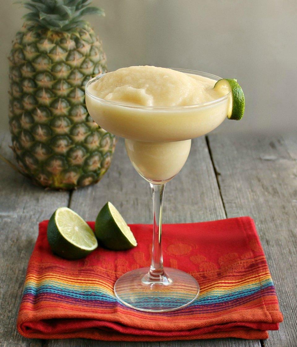 Тропический коктейль Фиеста