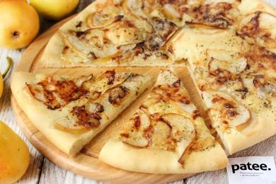 Рецепт Пицца с грушей и сыром горгонзола