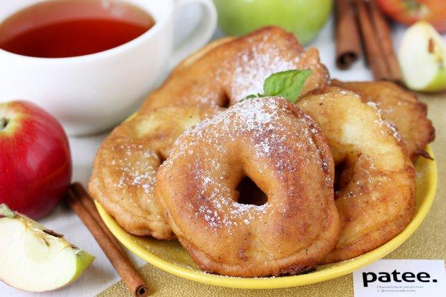 Яблочные кольца в пивном кляре