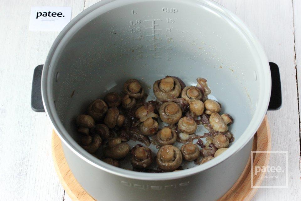 Омлет с грибами в мультиварке