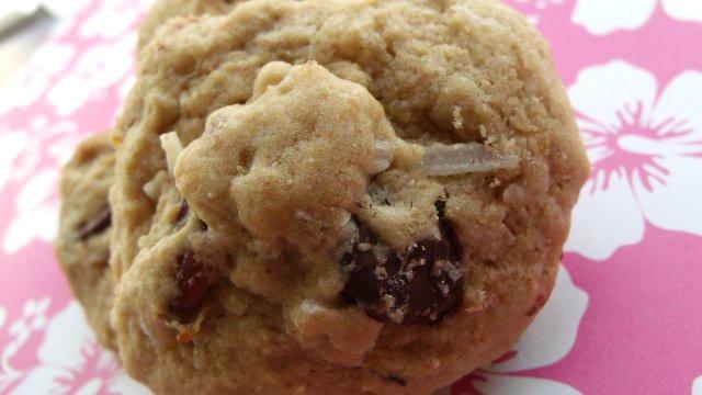Печенье с орехами и шоколадом