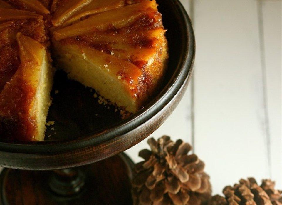 Грушевый пирог с карамелью
