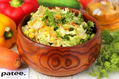 Рецепт Салат с кукурузой, морковью и кунжутом