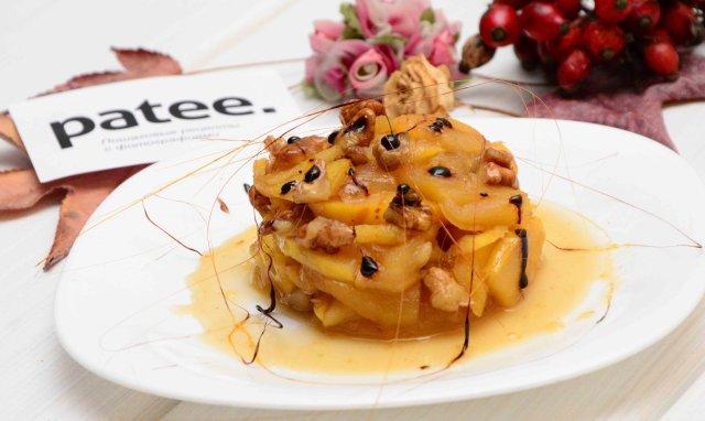 Фруктовый десерт с коньяком