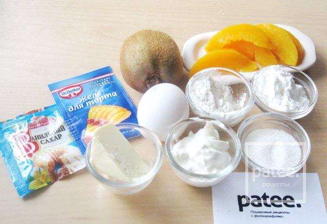 Тарт со сметаной и фруктами