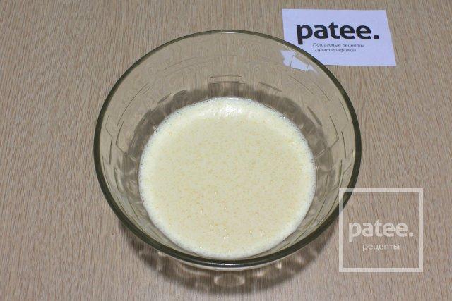 Шарлотка на сгущенном молоке
