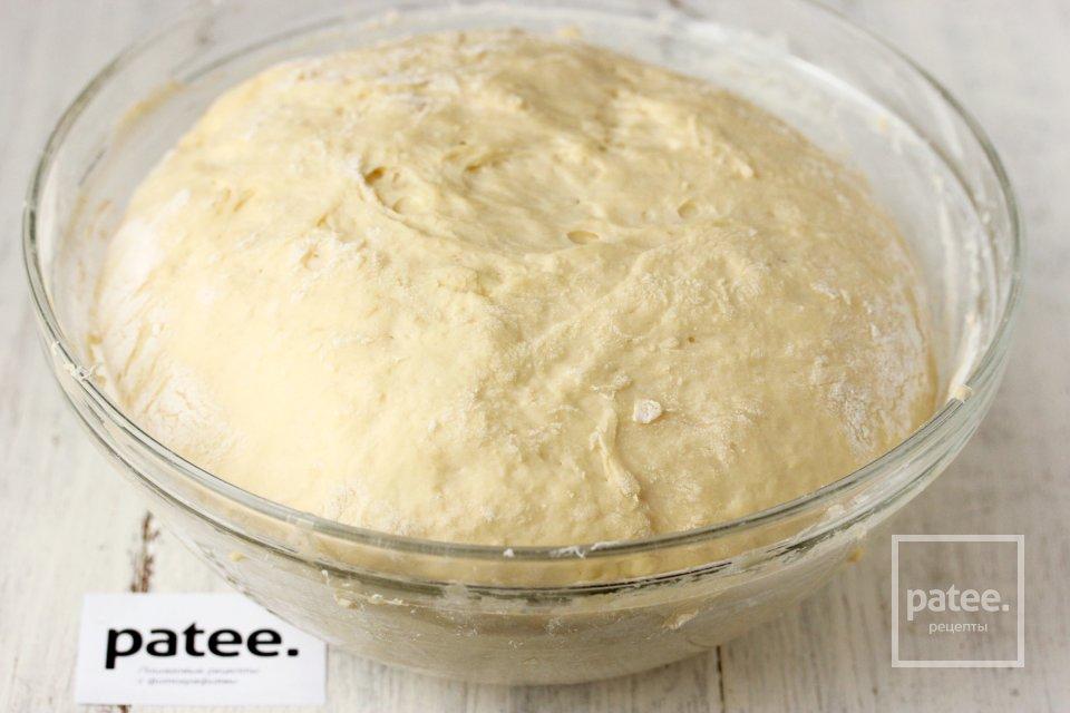 Дрожжевое тесто на кефире для жареных пирожков