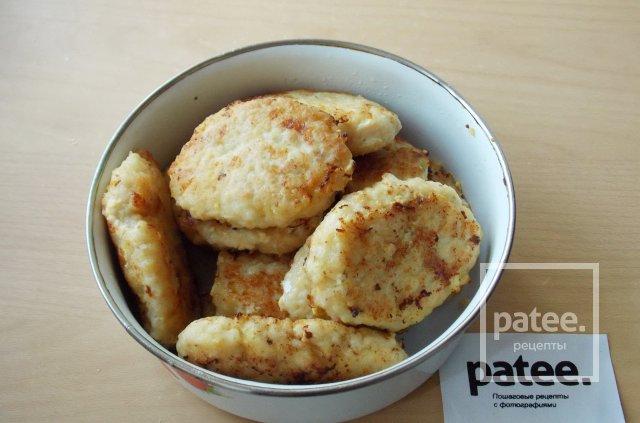 Котлеты из хека и кальмара с сыром
