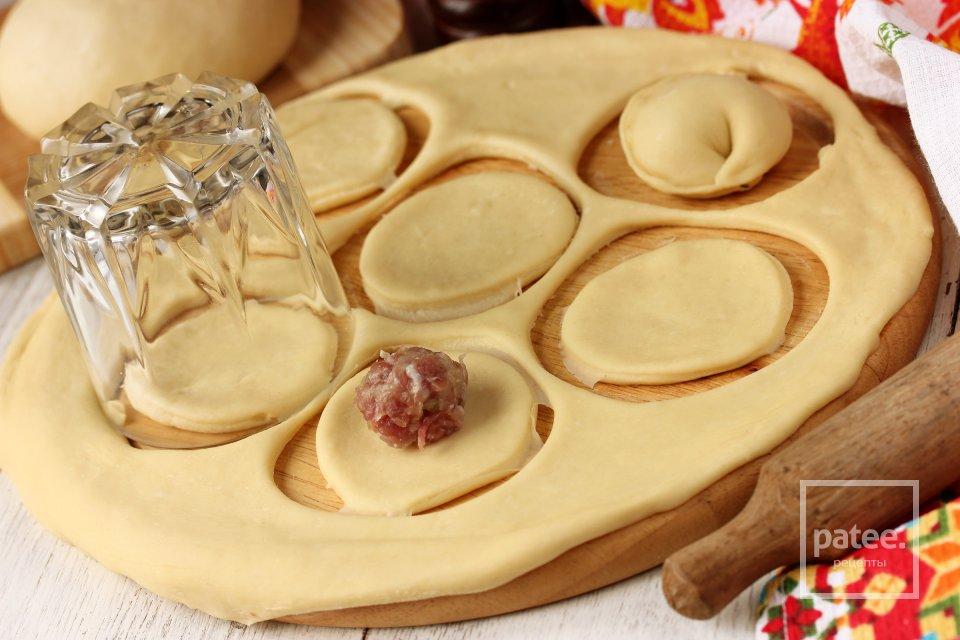 Тесто для пельменей и вареников на молоке