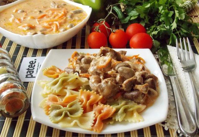 Рецепт желудки куриные в сливочном соусе рецепт