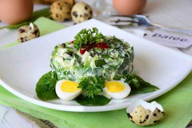 Рецепт Салат с черемшой и куриными яйцами Весенний