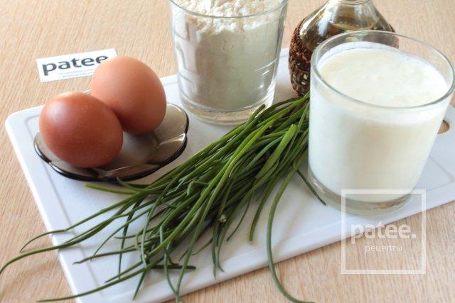 Жареные пирожки с луком и яйцом - Шаг 1