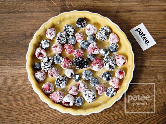 Творожный тарт с лесными ягодами