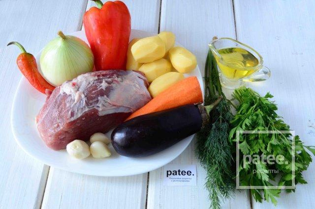 Соус из свинины и овощей