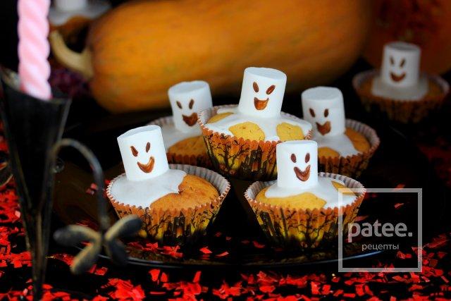 Тыквенные маффины Приведения на Хэллоуин