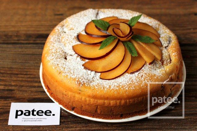 Тыквенный пирог со сливами