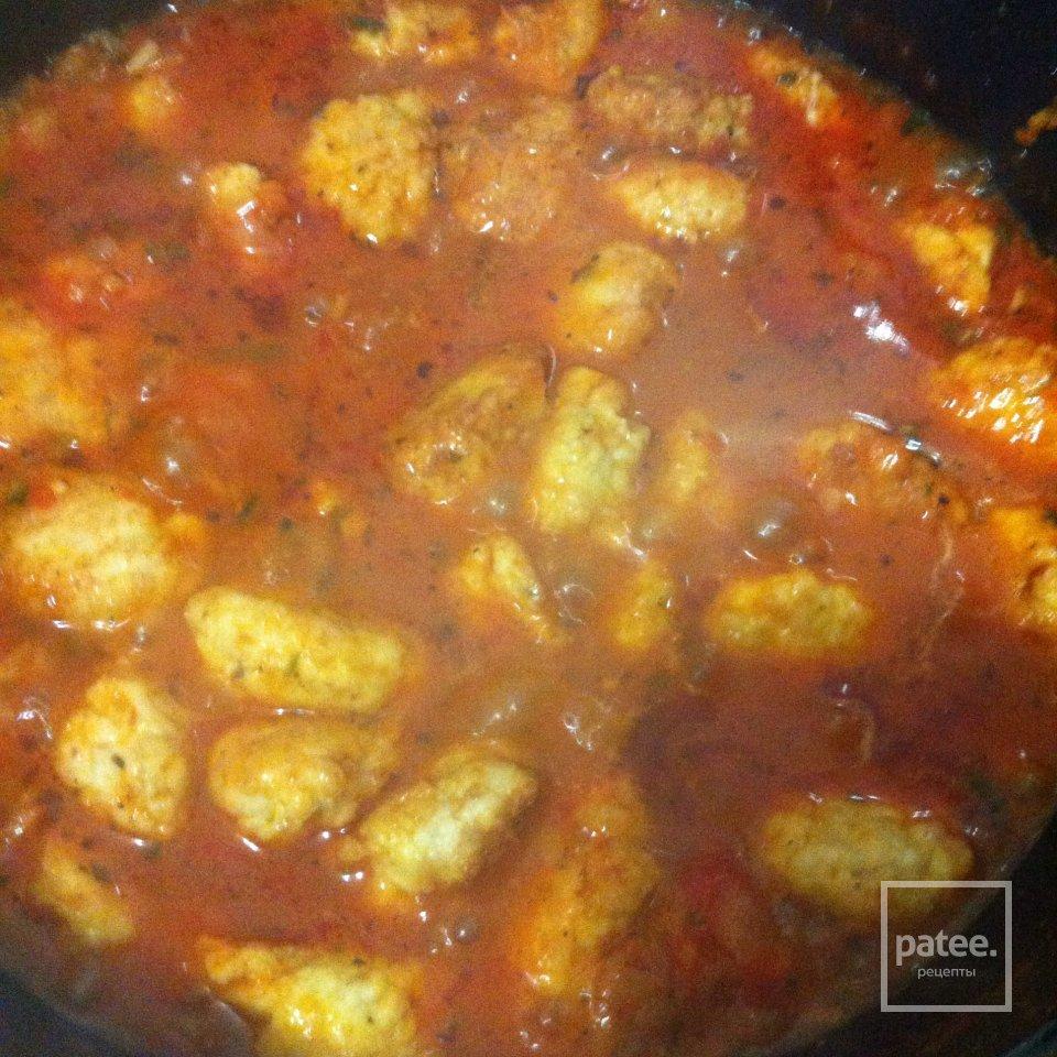 Куриные тефтели с томатным соусом