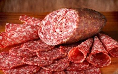 колбаса сырокопченая фото