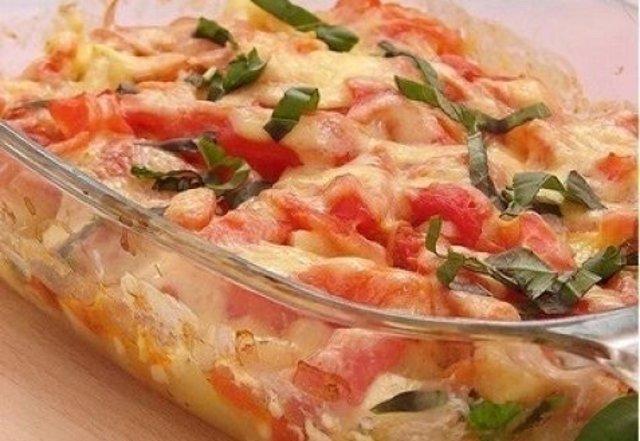 Запеченные кабачки с помидорами и сыром