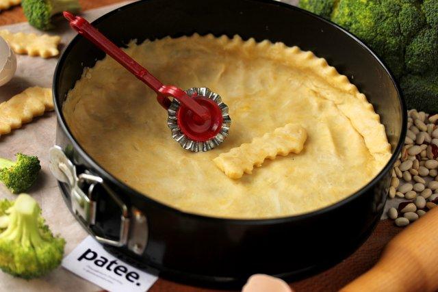 Рубленое песочное тесто для открытых пирогов