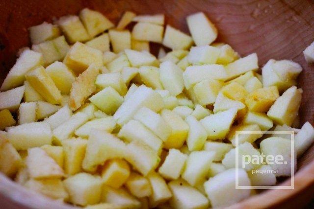 Ароматный чай с яблоками и специями