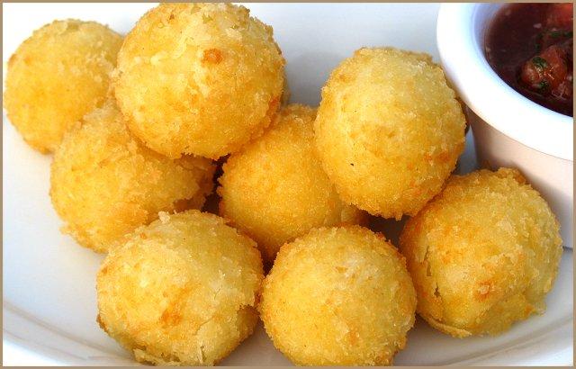сырные шарики с панировочными сухарями рецепт с фото