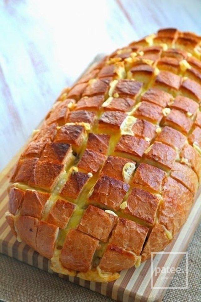 Сырных хлеб с грибами
