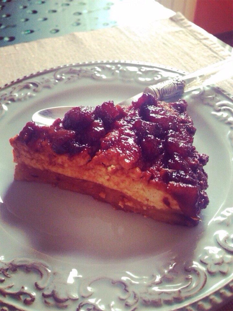 Пирог с карамеллизированной грушей