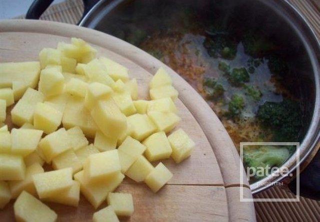 Сырный суп с шампиньоами и брокколи