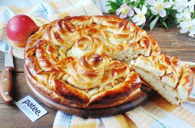 Рецепт пирога сдобного с яблоками