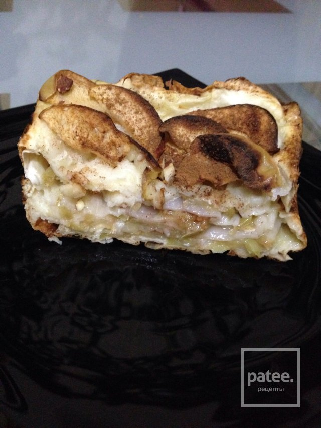 Слоеный пирог с яблоками из лаваша