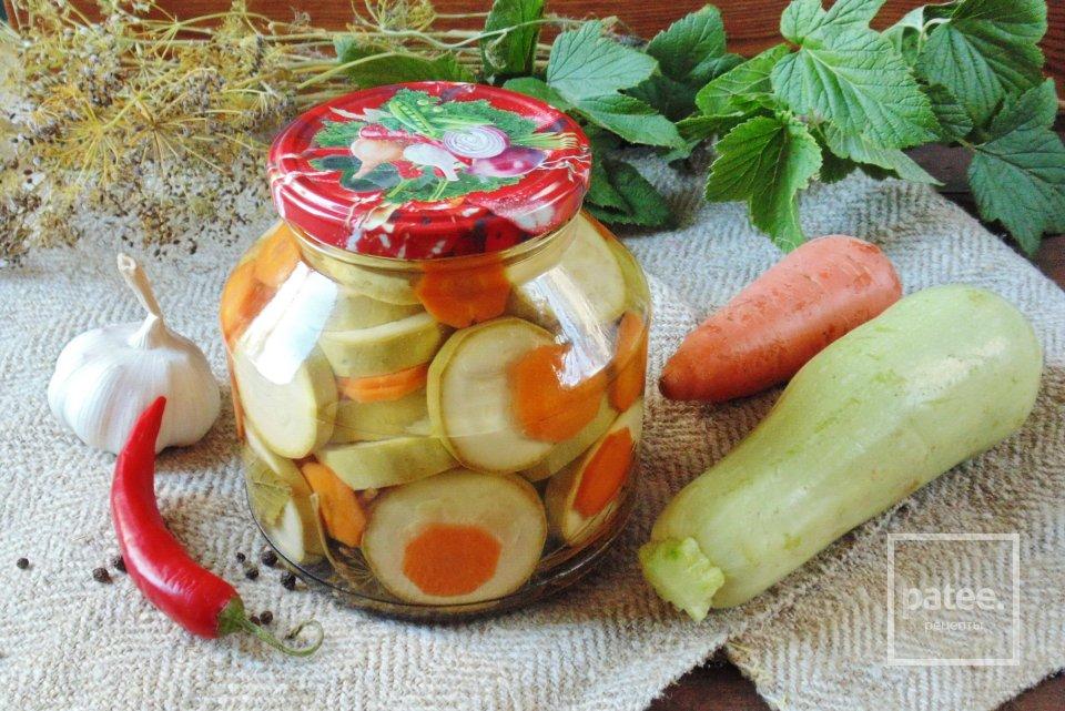 Маринованные кабачки с морковью на зиму