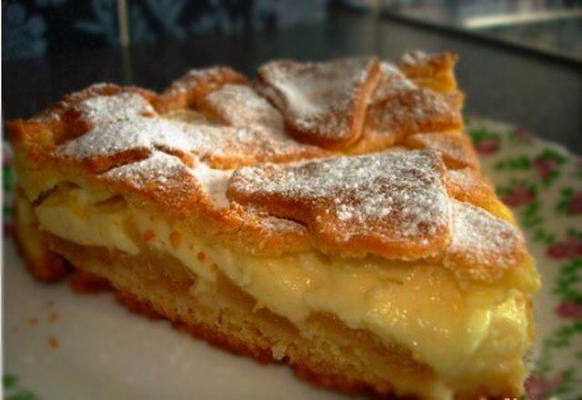 Яблочный пирог с пудингом.