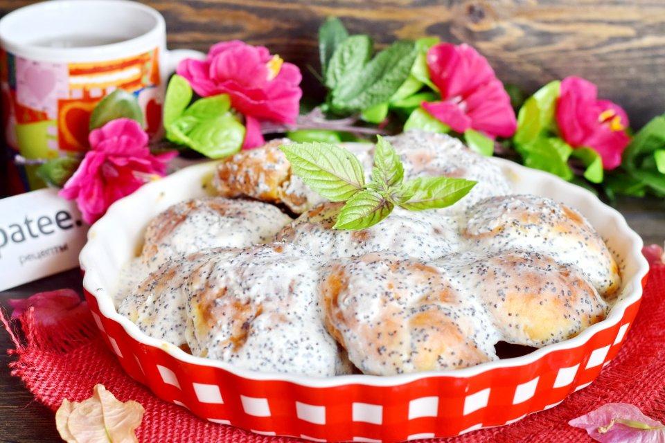 Сырники в духовке с йогуртово-маковой заливкой