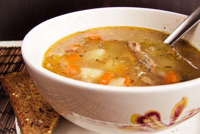 Суп из рыбных консервов без