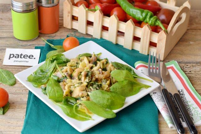 Вешенки в сливочно- шпинатном соусе