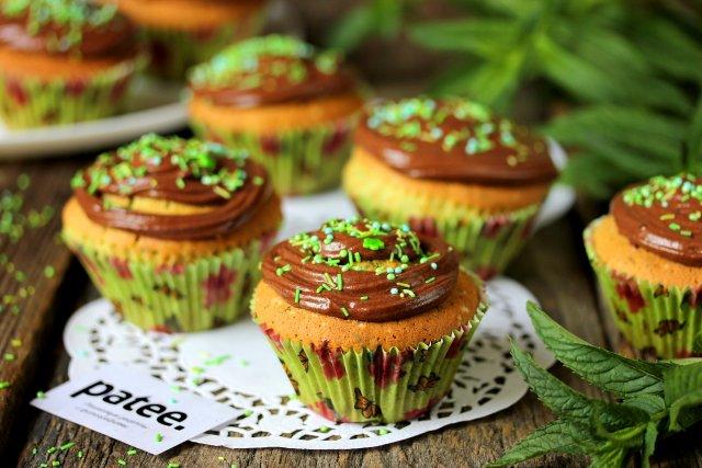 Мятные кексы с шоколадом