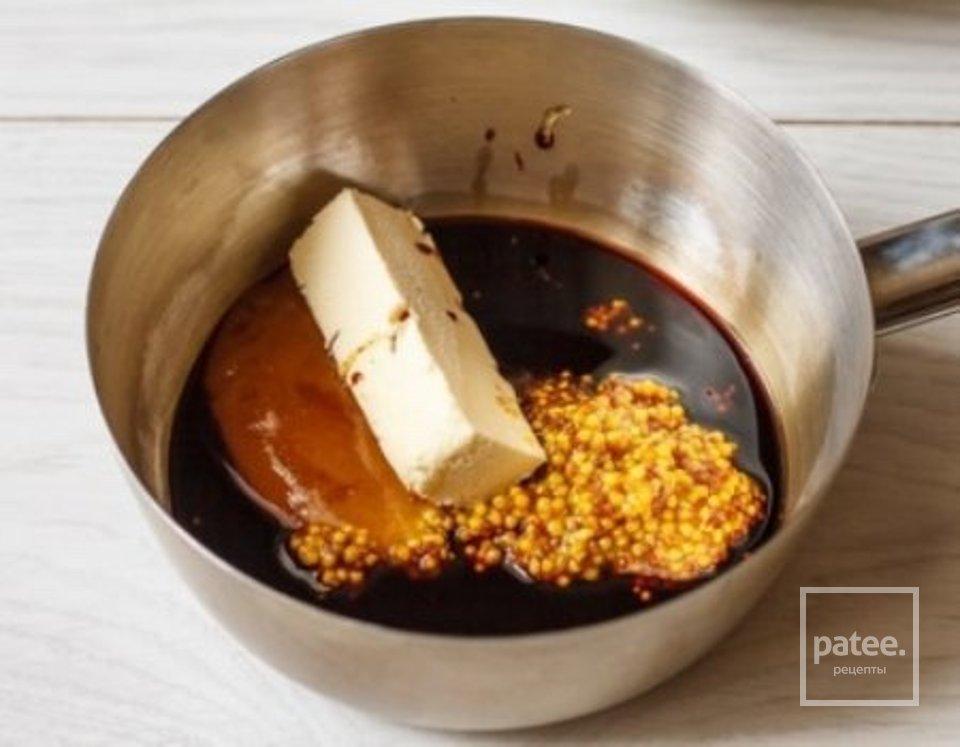 Запечённый лосось в медово - горчичном соусе.