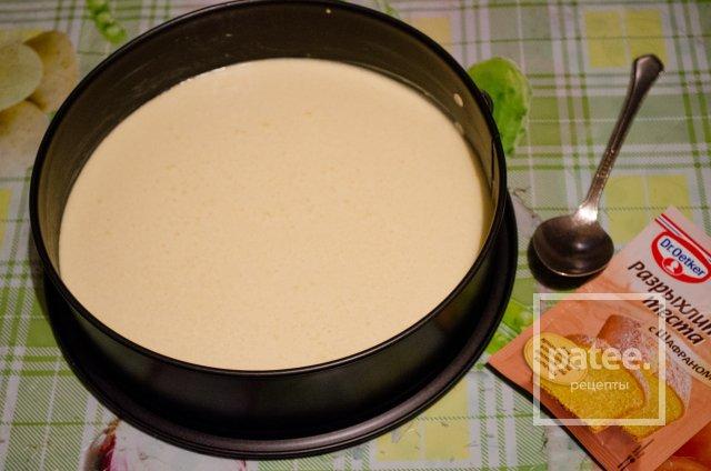 Торт с желе и малиновым соусом