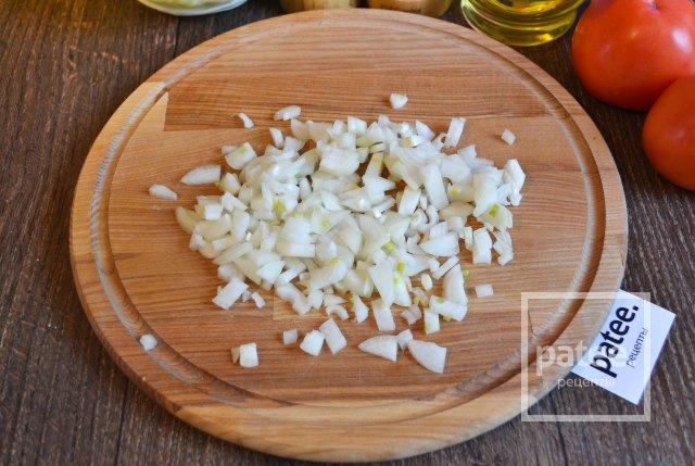 Запеченные рулетики из скумбрии с овощами