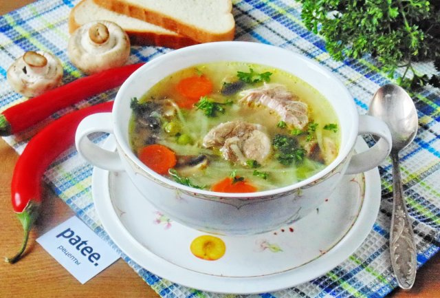 Приготовить суп из мяса с овощами
