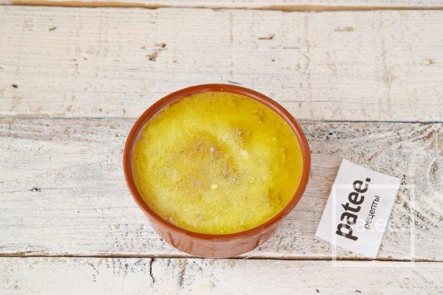 Печеночный паштет с черносливом и сливочным сыром
